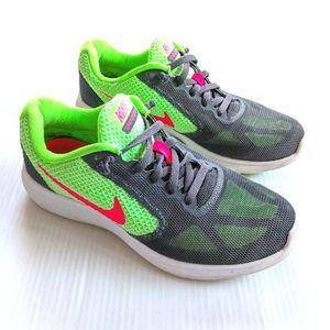 NIKE Revolution 3 Women's Running Shoes Gray Green